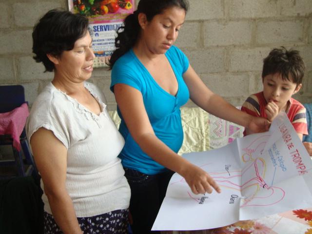 Peru 2010 Victor Larco Armenviertel - Aufklärung einer über 40-Jährigen