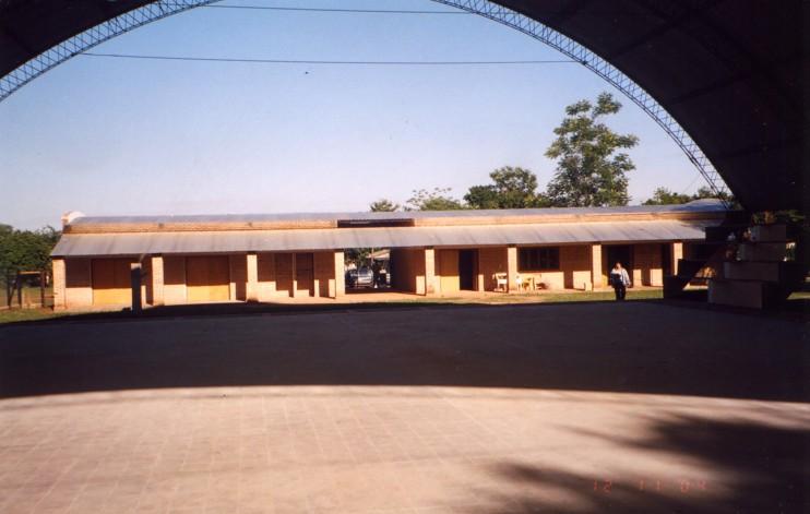 Das Jugendgesundheits- und –bildungszentrum, das auch eine Bibliothek und einen Lese- und Schulungsraum enthält.